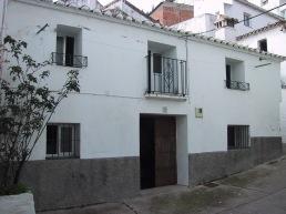 Calle Plazoleta 30