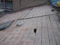 El faldón de cubierta tras retirar las tejas [28|11|2005]