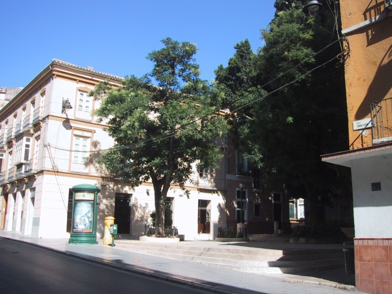 La Plaza de San Pedro de Alcántara desde calle Carretería
