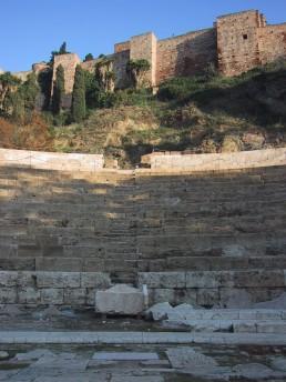 Vista de la cavea desde la orchestra