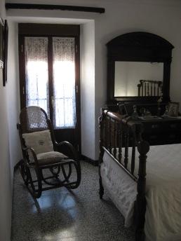 Dormitorio amueblado