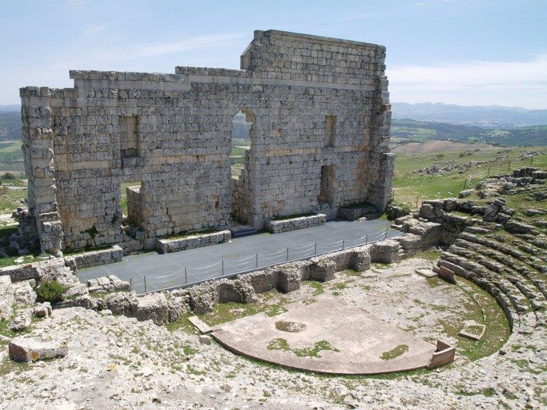 Teatro romano de Acinipo, Ronda la Vieja