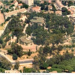 Foto aérea orientación oeste. Colegio de Arquitectos