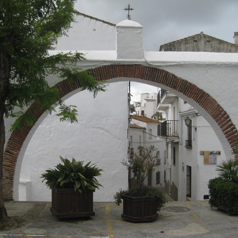 Arco de calle Fuente